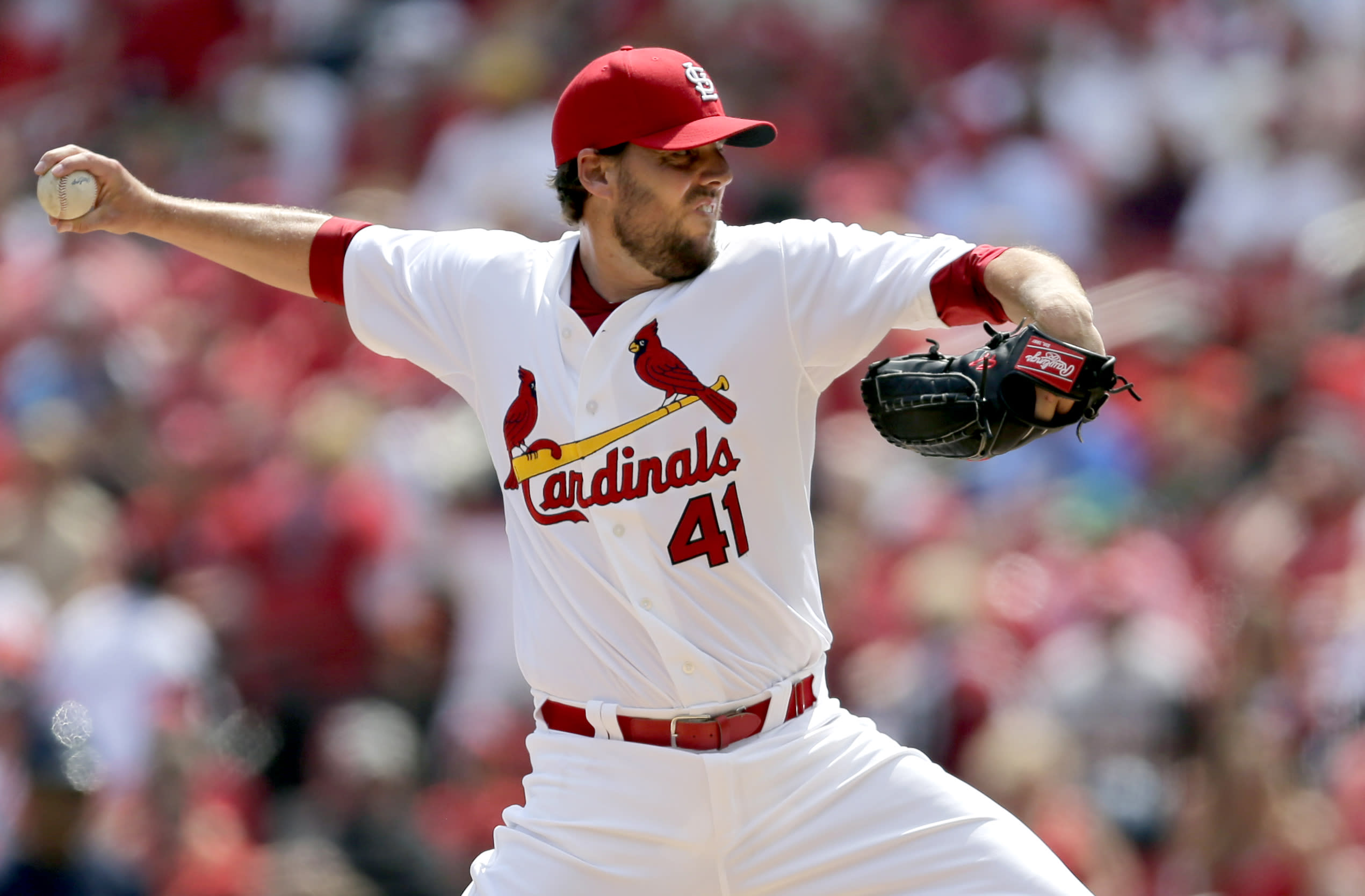 Lackey, Carpenter spark St. Louis' 4-0 win over Milwaukee