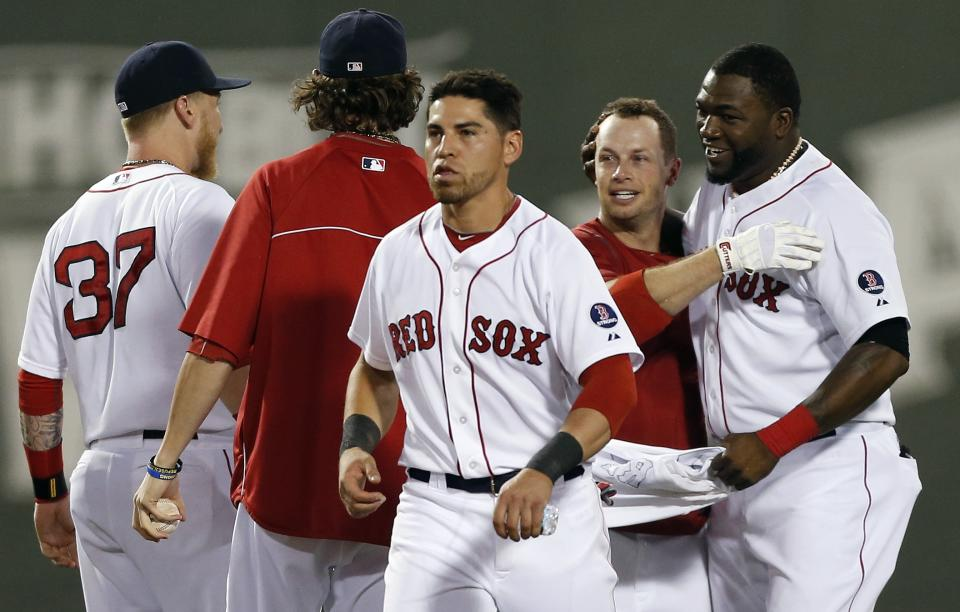 Red Sox rally with 6 in 9th to beat Mariners 8-7