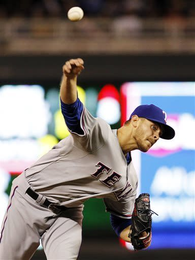 Rangers hold off Twins 4-3