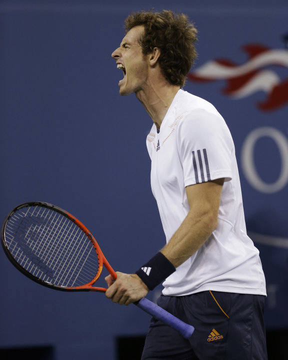 Britain's Andy Murray reacts while playing against Serbia's Novak Djokovic during the championship match at the 2012 US Open tennis tournament,  Monday, Sept. 10, 2012, in New York. (AP Photo/Darron C