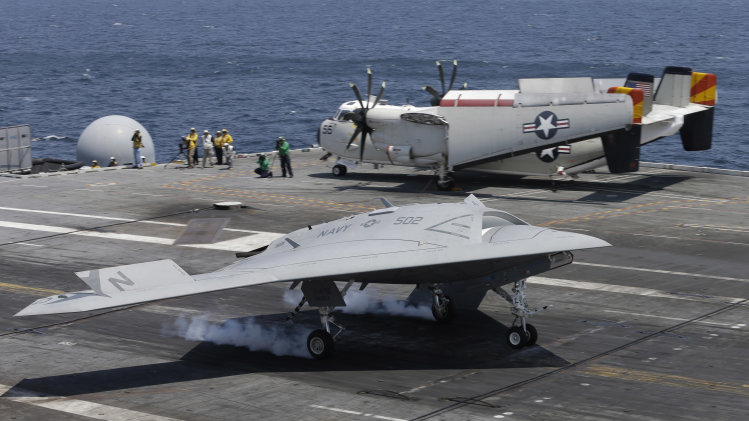 790d65a5122e3417370f6a7067009b7f US completes first unmanned carrier landing