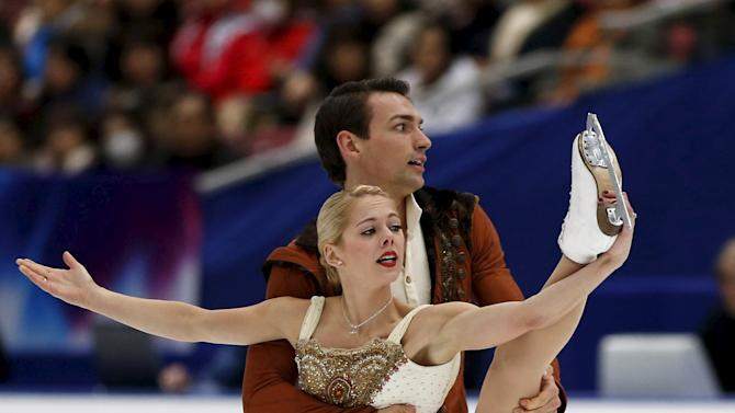Alexa Scimeca and Chris Knierim of the U.S. perform during the pairs free skating program at the ISU Grand Prix of Figure Skating in Nagano, Japan