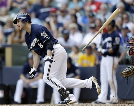 Braun hits 29th HR as Brewers sweep Astros, 13-4