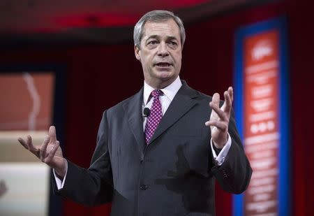 On visit to U.S., Britain's Farage criticizes Obama and Republicans
