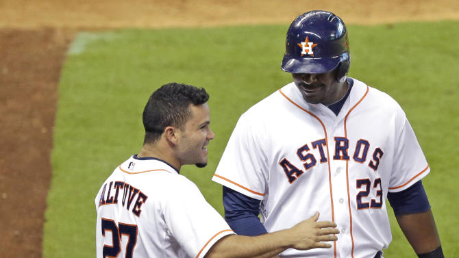 Carter, Keuchel lead Astros over Diamondbacks 5-1