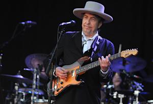 Rumor Control: Bob Dylan Did Not Join Twitter Today