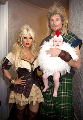 Jessica Simpson Shows Off Slim Waist, Cleavage in Sexy Halloween Costume With Fiance, Baby Maxwell