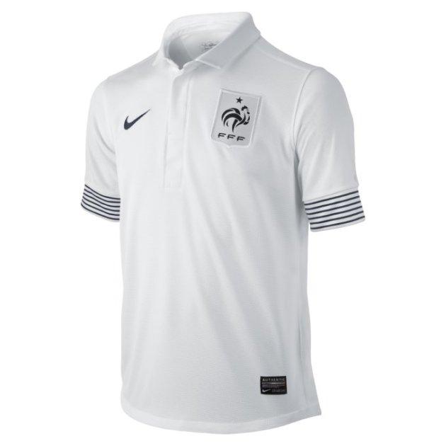 """رد: قمصان المنتخبات المشاركة بكأس الأمم الأوروبية """"يورو 2012"""""""