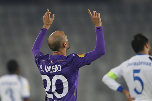 Fiorentina's Borja Valero celebrates scoring in the final moments of an Europa League, group E match, between Fiorentina and Pandurii, at the Cluj Arena stadium in Cluj, Romania, Thursday, Nov. 7,  20