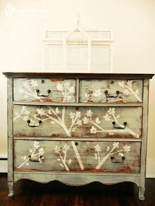 Daring ways to revamp an old dresser...