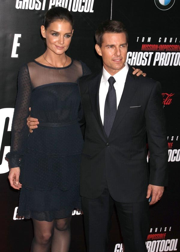 Tom Cruise & Katie Holmes' $275 Million Divorce Battle: Why Katie Could Get ...