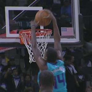 Kidd-Gilchrist Takes Off