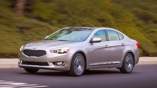 This undated image provided by Kia shows the 2014 Kia Cadenza. (AP Photo/Kia, Bruce Benedict)