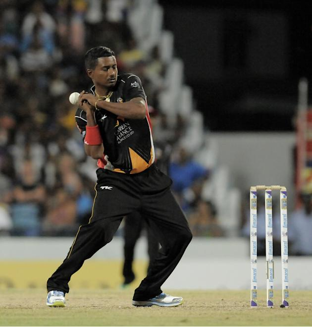 Antigua Hawksbills v Barbados Tridents - CLP 2013