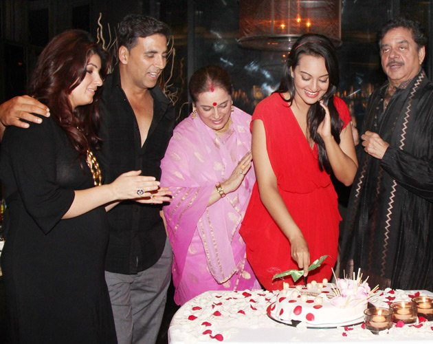 Sonakshi celebrates her birthday