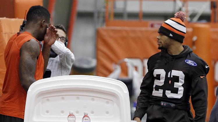 Browns CB Haden practices, wants to face Jets