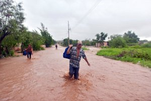 Residents of El Zapotillo evacuate their homes because…