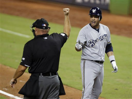 Aoki, Bianchi power Brewers in 8-4 victory
