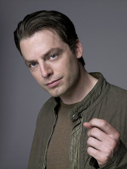 Justin Kirk stars as Andy Botwin in Weeds. 