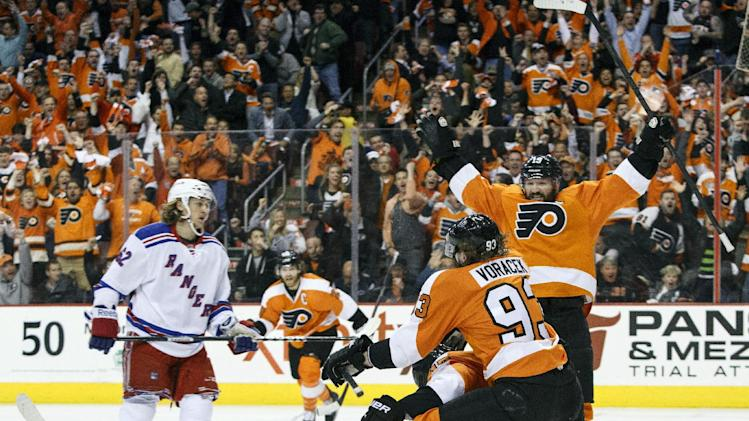 Simmonds helps Flyers force Game 7 against Rangers