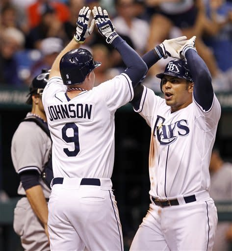Cano's 2-run single lifts Yankees over Rays 4-3