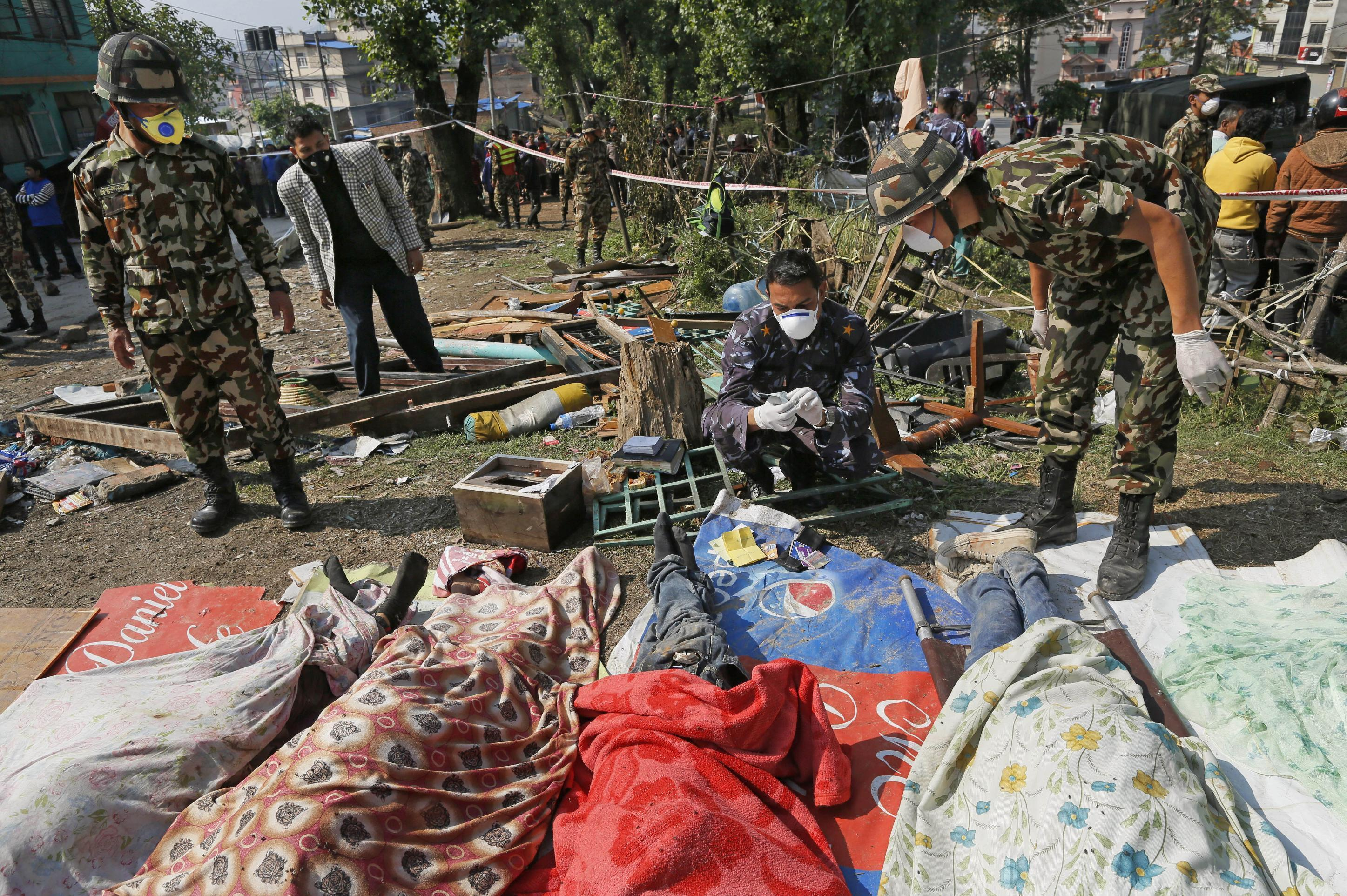 Deaths rise, aid flown in after Nepal quake: Things to Know