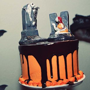 halloween wedding cake