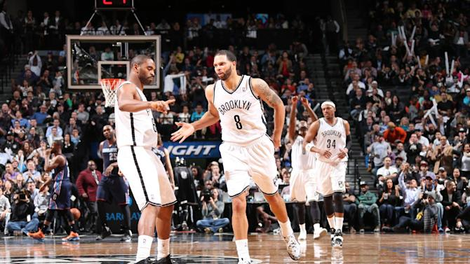Nets win 10th straight at home, top Bobcats 104-99