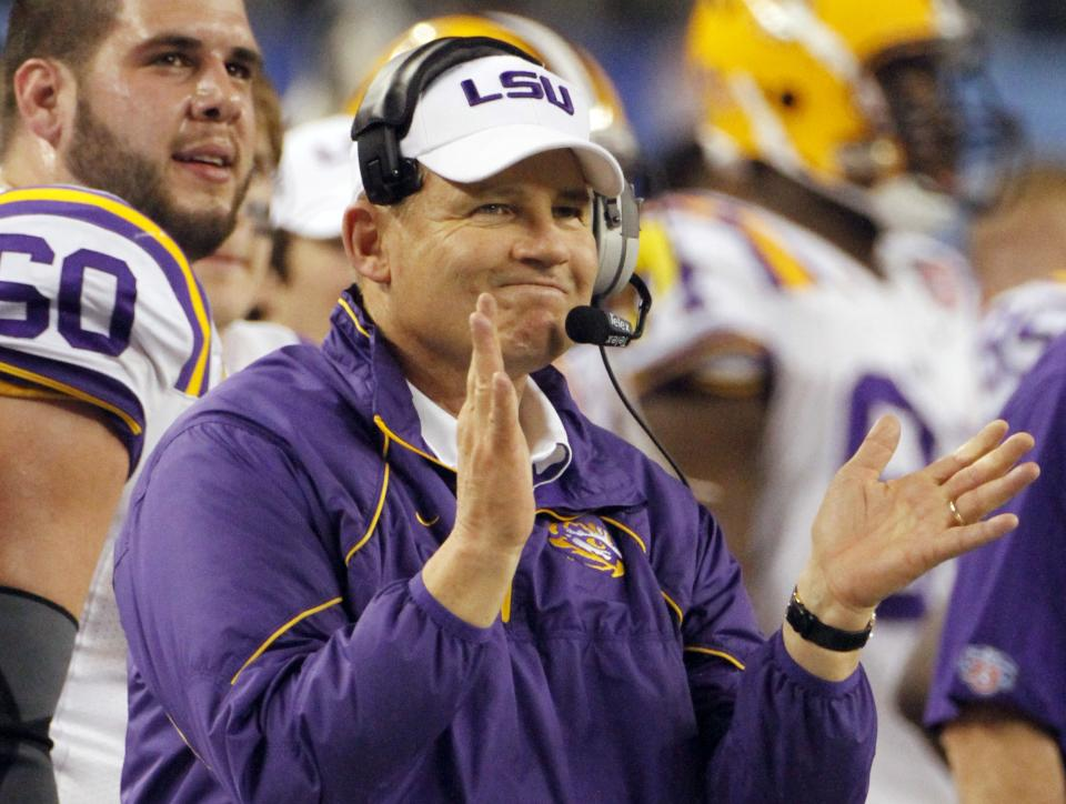 LSU head coach Les Miles reacts to action against Texas A&M during the second half of the Cotton Bowl NCAA college football game, Friday, Jan. 7, 2011, in Arlington, Texas. LSU won 41-24. (AP Photo/Tony Gutierrez)