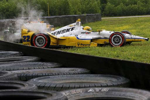 Hunter-Reay disagrees with penalty over role in 3-car wreck