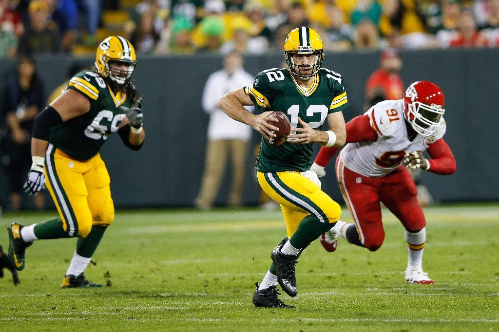 Tale of two quarterbacks as Rodgers haunts 49ers