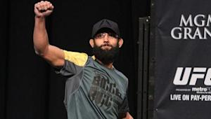 UFC Champ Johny Hendricks has Successful Biceps Surgery, Hopes to Fight by Year's End