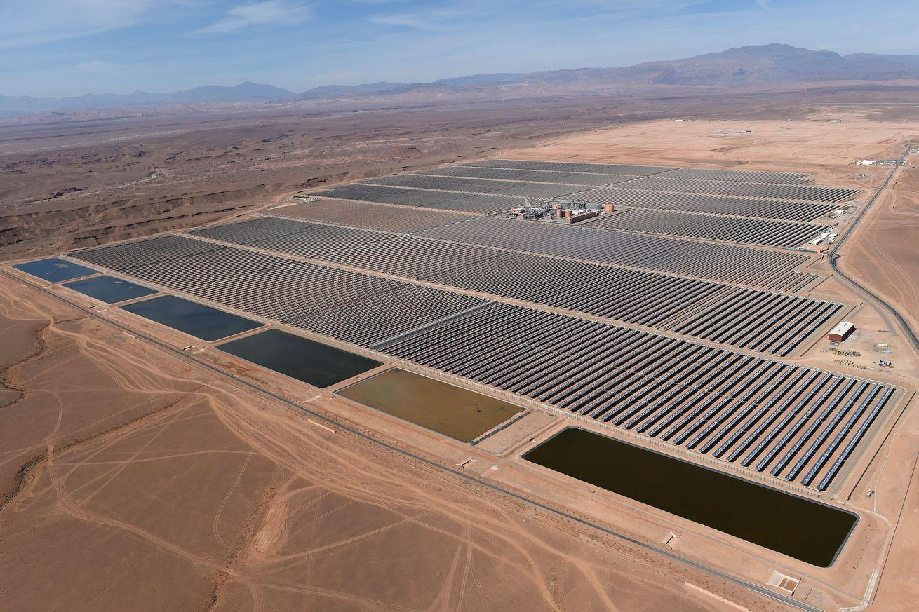 Morocco turns on what will become the world's largest solar power plant
