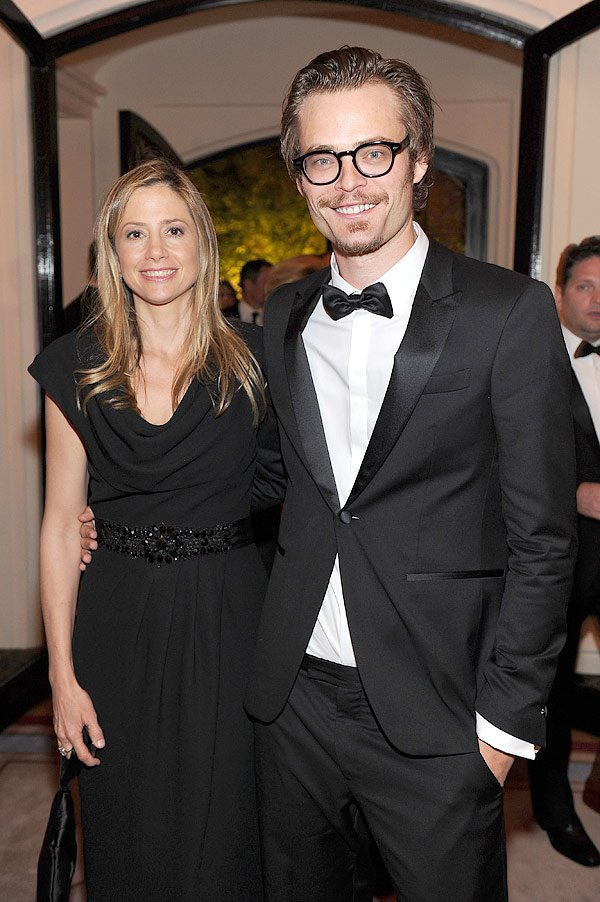 Mira Sorvino &amp; Her Husband Welcome Baby No. 4