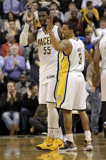 Pacers rout Knicks, pull closer to second in East