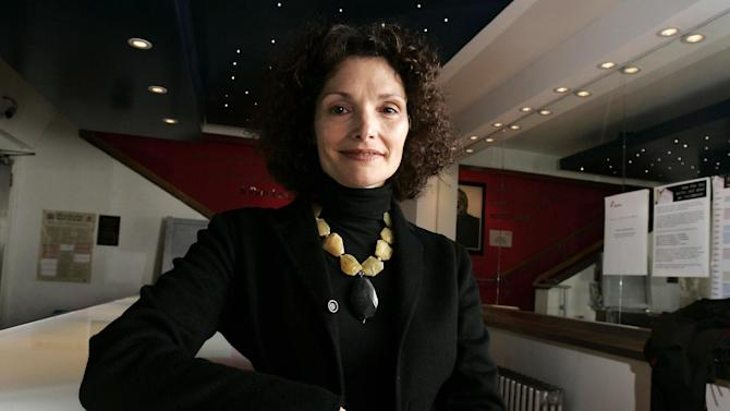 """FILE - This Dec. 2, 2007 file photo shows U.S. actress Mary Elizabeth Mastrantonio attends the artist-led volunteer committee """"Act for Darfur"""" in London. Mastrantonio will star in the Broadway revival of Terence Rattigan's play """"The Winslow Boy,"""" also starring Roger Rees. The Roundabout Theatre Company said Wednesday the play joins previously announced Donald Margulies' play """"Dinner with Friends"""" and Tom Stoppard's play """"The Real Thing."""" All three will be at the Roundabout's American Airlines Theatre.  (AP Photo/Nathan Strange, file)"""