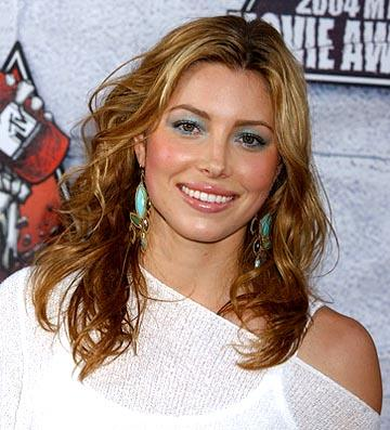 Jessica Biel was in Summer Catch.  That had Freddie Prinze Jr. in it, too. MTV Movie Awards - 6/5/2004