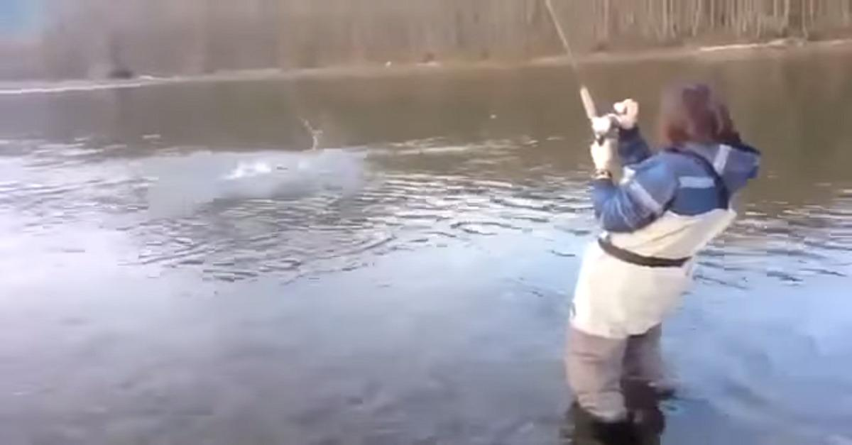 This Salmon Catch Is So Hard To Watch!