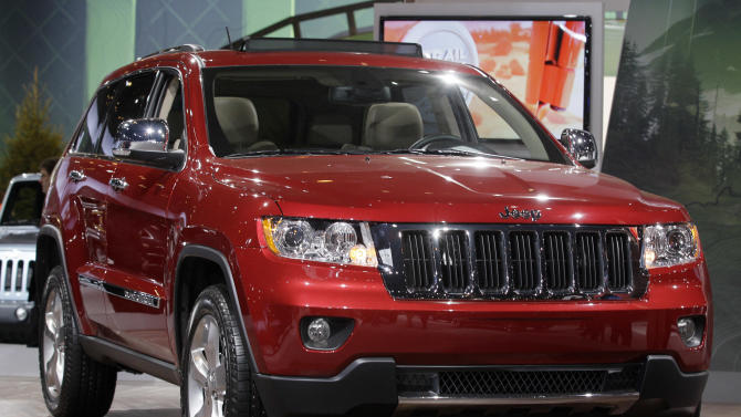 Feds probe Jeep Grand Cherokee ceiling fires