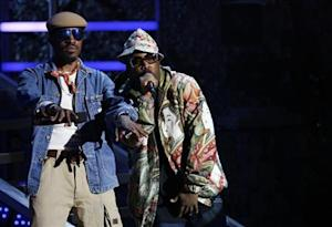 André 3000 and Big Boi of Outkast address the audience during the 2006 VH1 Hip Hop Honors ceremony in New York City