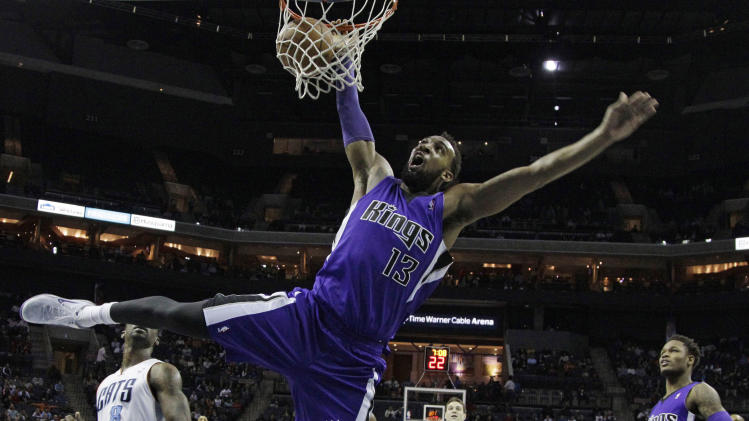 Walker leads Bobcats past Kings 95-87