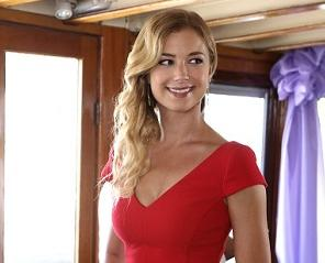 Revenge: Emily VanCamp Previews a 'Highly Anticipated' Moment and Big Finale Showdown