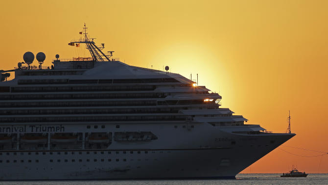 Carnival CEO apologizes for doomed cruise