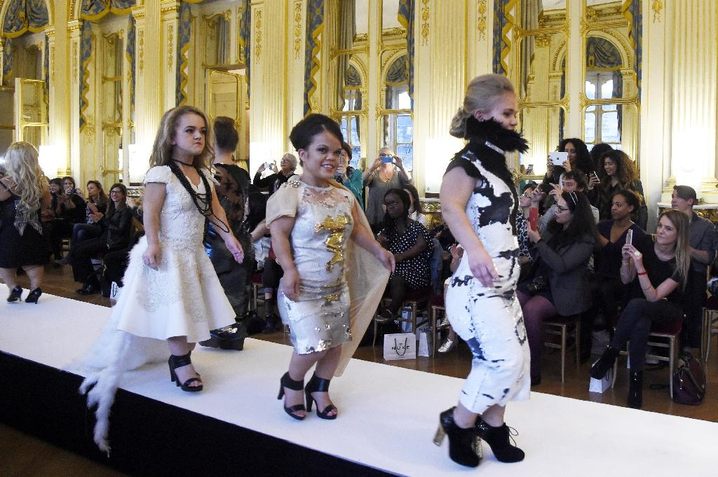 Small is beautiful: models under 1.30 metres wow Paris