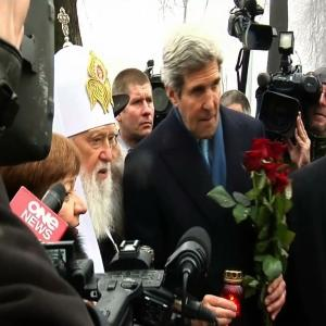 Raw: Kerry Honors Fallen Protesters in Ukraine