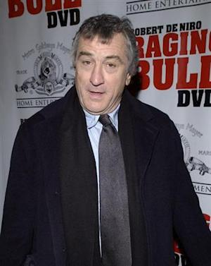 Robert DeNiro arrives to the 25th anniversary screening of the film 'Raging Bull,' in New York, January 27, 2005. DeNiro played boxer Jake LaMotta in the film. REUTERS/Chip East CME