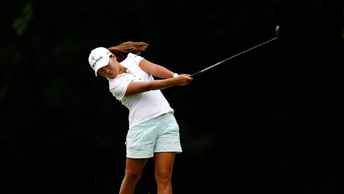 Golf - South Korea's Kim extends lead in Portland