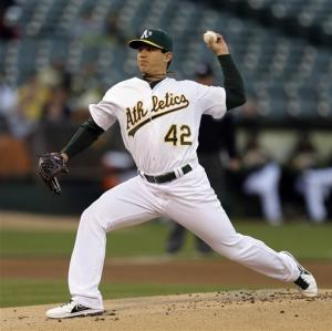 Lowrie, Milone lead A's to 11-2 win over Astros