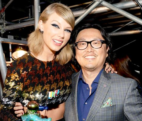 "Taylor Swift's ""Wildest Dreams"" Director Joseph Kahn Defends Music Video Amid Race Backlash"