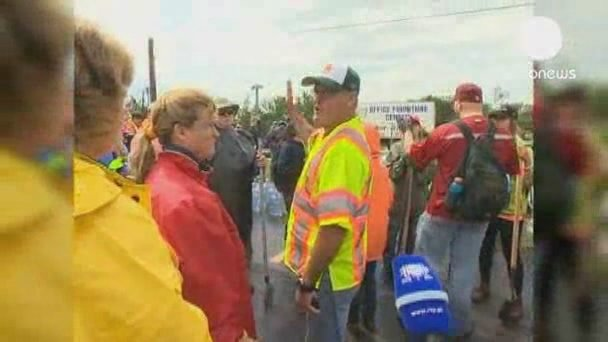 Volunteers travel to help Oklahoma clean-up after tornado